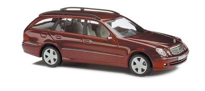 Mercedes Clase E -W210- (2003) Serie T CMD Busch 1/87