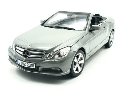 Mercedes E500 Cabrio -C207- (2010) Norev 1/18