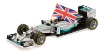 "Mercedes W05 ""1º GP. Abu Dhabi"" nº 4 Lewis Hamilton con bandera (2014) Minichamps 1/18"