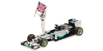 "Mercedes W05 ""1º GP. Abu Dhabi"" nº 44 Lewis Hamilton figura con bandera (2014) Minichamps 1:43"