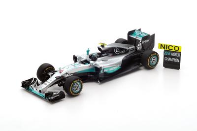 """Mercedes W07 """"GP. Abu Dhabi"""" nº 6 Nico Rosberg (2016) Spark 1:18"""