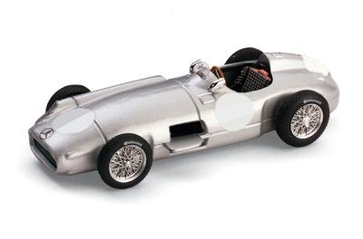 """Mercedes W196 """"Celebración temporada F1 Unterturkheim"""" Stuttgart (1955) Brumm 1/43"""