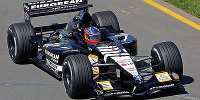 """Minardi PS01 """"Debut GP. Australia"""" nº 21 Fernando Alonso (2001) Minichamps 1/18"""