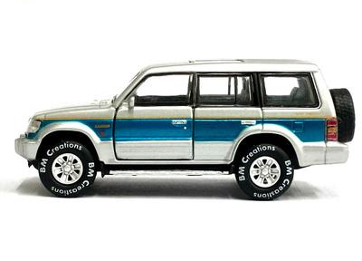 Mitsubishi Pajero (Montero) Super Exceed (1995) DM 1/64