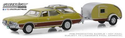 Oldsmobile Vista Cruiser con Remolque (1971) Greenlight 1/64