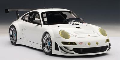 Porsche 911 -997- GT3 RSR Versión Calle (2010) Autoart 1/18