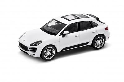Porsche Macan Turbo (2014) Welly 1:24