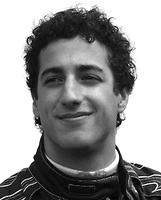 "Red Bull RB13 ""GP. Bahrein"" nº 3  Daniel Ricciardo (2017) Minichamps 1:43"