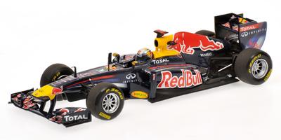 Red Bull RB7 nº 1 Sebastian Vettel (2011) Minichamps 410110001 1/43