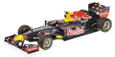 """Red Bull RB8 """"Showcar"""" nº 2 Mark Webber (2012) Minichamps 1/18"""