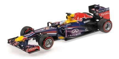 """Red Bull RB9 """"GP. Brasil"""" nº 1 Sebastian Vettel (2013) Minichamps 1:18"""