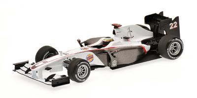 """Sauber C29 """"Showcar""""  nº 22 Pedro de la Rosa (2010) Minichamps 1/43"""