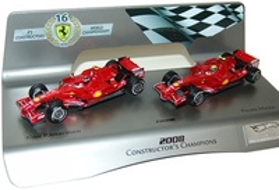"Set 2 Ferrari ""Conmemoración título constructores 2008"" Hot Wheels 1/43"