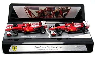 """Set Ferrari F10 """"1º y 2º GP. Barein"""" F. Alonso y F. Massa (2010) Hot Wheels 1/43"""