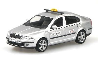 """Skoda Octavia """"AAA Taxi"""" Praga (2004) Abrex 1/43"""
