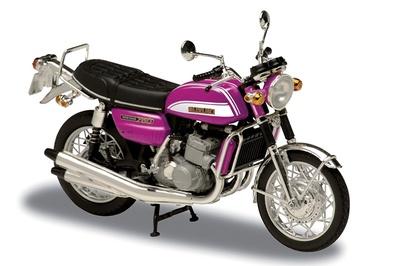 Suzuki 750GT (1973) Solido 1/18
