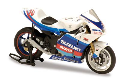Suzuki GSV-R nº 10 Kenny Roberts Jr. (2005) Solido 1/18