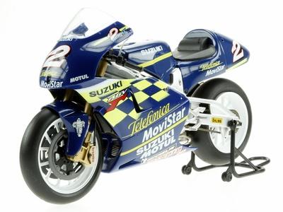 Suzuki RGV500 nº 2 Kenny Roberts Jr. (2000) Altaya 1/12