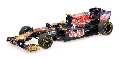 "Toro Rosso STR6 ""Showcar"" nº 19 Jaime Alguersuari (2011) Minichamps 1/43"