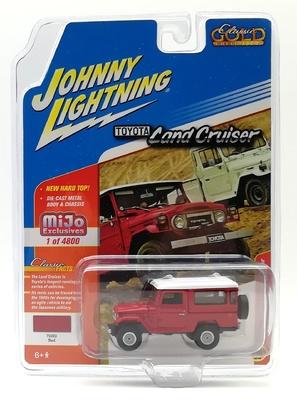 Toyota Land Cruiser 40 Johnny Lightning 1/64