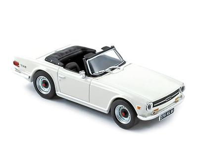 Triumph TR6 (1970) Norev 1/43