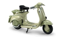 Vespa 125 U (1953) New Ray 1/32
