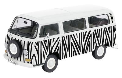 "Volkswagen T2a Minibus ""Safari"" (1970) Schuco 1/18"